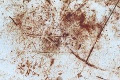 Narysy na rdzewiejącym metalu talerzu Obrazy Royalty Free