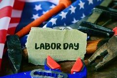 Narzędzi, flaga amerykańskiej i teksta święto pracy, Zdjęcie Royalty Free