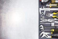 Narzędzi narzędzia i oczyszczona metalu tła tekstura Zdjęcia Royalty Free