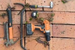 Narzędzia na tle cegły Zdjęcie Stock