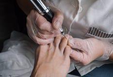 Narzędzia pedicure w piękno salonie zdjęcia royalty free
