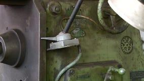 Narzędziowy sklep z starymi maszynami bez pracowników uderza zbiory wideo