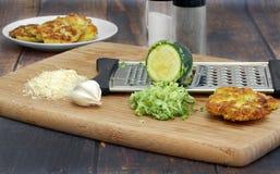Narządzania zucchini kabaczka fritters zdjęcie royalty free