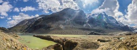 Nas costas do lago glacier de Sandersee Fotos de Stock Royalty Free