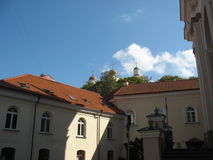 Nas ruas de Vilnius velhas Foto de Stock