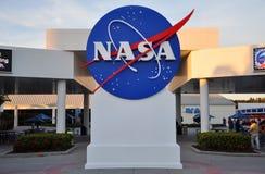 A NASA assina dentro o Centro Espacial Kennedy Fotografia de Stock Royalty Free