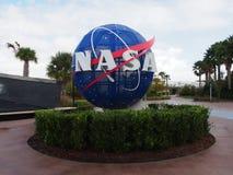NASA znak przy Kennedy Astronautycznym Centre obrazy stock
