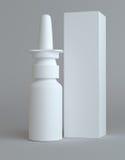 Nasal plast- flaska för sprej och högväxt pappers- ask Royaltyfri Foto
