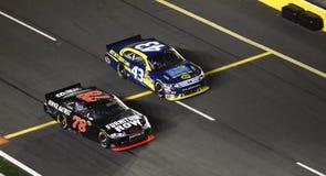 NASCAR - ¡Del camino del hueco primero! Fotos de archivo