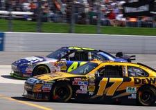 NASCAR - À travers contacte le présent Image stock