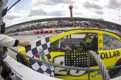 NASCAR: Ο ωφελημένος αυτισμός Αντιαεροπορικού Πυροβολικού 400 στις 15 Μαΐου μιλά Στοκ Φωτογραφίες