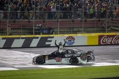 NASCAR: Гонка энергии изверга 19-ое мая блестящая Стоковые Фотографии RF