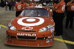 NASCAR -胡安・帕布鲁棕色Montoya汽车和乘员组  库存图片