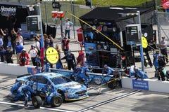 NASCAR :在Daytona的2月19日先遣汽车零件碰撞 库存照片