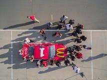 NASCAR :8月04日坑实践 库存照片
