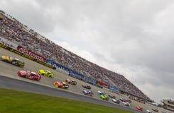 NASCAR: 15 die mei Fedex 400 aan Autisme ten goede komt spreekt Stock Foto's
