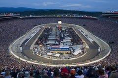 NASCAR: 21. August Irwin bearbeitet Nachtrennen lizenzfreie stockfotografie