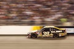 NASCAR - #39 Newman é um borrão em Richmond imagens de stock