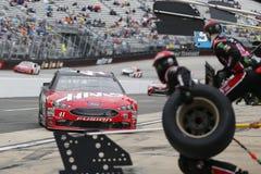 NASCAR: April 15 matstad 500 Royaltyfria Foton