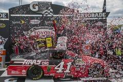 NASCAR: April 26 Toyota ägare 400 Fotografering för Bildbyråer