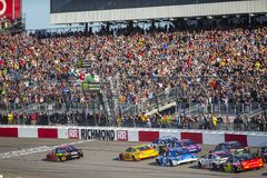 NASCAR: 21 april Toyota-Eigenaars 400 royalty-vrije stock foto