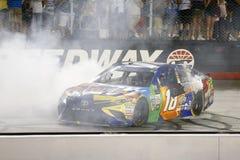 NASCAR: Am 19. August Bass Pro Shops NRA-Nachtrennen Lizenzfreie Stockbilder
