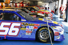 NASCAR - Ausgerichtete Aufwartung in die Garage Lizenzfreies Stockbild