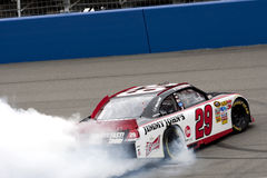 NASCAR: Breng 27 AutoClub 400 in de war Stock Foto's