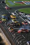 NASCAR - cause um crash no reinício! imagens de stock