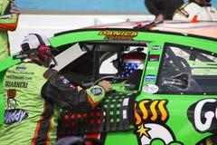 NASCAR-chaufför Danica Patrick On Pit Road Arkivfoto