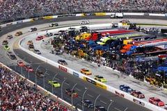 NASCAR die - binnen voor kuileinden komt Stock Foto's