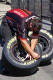NASCAR die - de PreRace van Banden controleert Royalty-vrije Stock Afbeelding