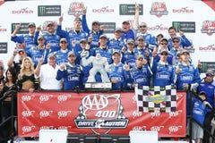 NASCAR: Drev för Juni 04 amerikanska motorförbundet 400 för autism Royaltyfri Bild
