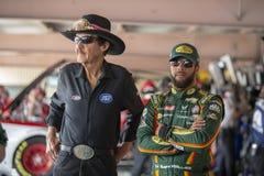 NASCAR: Drev för Maj 04 amerikanska motorförbundet 400 för autism Royaltyfri Bild