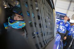 NASCAR: Estado 400 do Quacre do 13 de julho imagens de stock