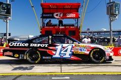 NASCAR - Estrada do poço de Stewart #14 Office Depot Foto de Stock Royalty Free