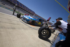 NASCAR:Greg Biffle Pit Stop  Apr 17  Aaron's 499 Stock Photography