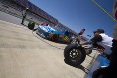 NASCAR: Gruben-Anschlag 17. April Aaron 499 Greg-Biffle Stockfotografie