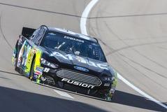 NASCAR 2013: Hulpmiddelen 400 van Kobalt van de Reeks van de Kop van de sprint BRENGEN 07 in de war Royalty-vrije Stock Foto's