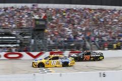 NASCAR: 04 juni AMERIKAANSE CLUB VAN AUTOMOBILISTEN 400 Aandrijving voor Autisme Stock Foto