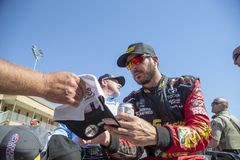 NASCAR: 24 juni Toyota/sparen Markt 350 Stock Afbeelding