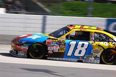NASCAR - Kyle Busch vuela en Martinsville Imagen de archivo libre de regalías