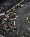 NASCAR - Laufen durch Kurve 1! stockfoto