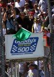 NASCAR - Les moyens verts d'indicateur disparaissent ! Image libre de droits
