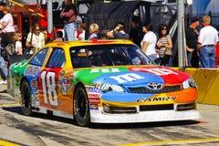 NASCAR - M&Ms Toyota Camry di Kyle Busch Fotografia Stock