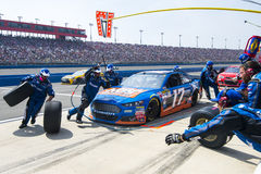 NASCAR:  Mar 22 Auto Club 400. Fontana, CA - Mar 22, 2015:  Ricky Stenhouse Jr. (17) comes in for service during the Auto Club 400 race at the Auto Club Speedway Stock Images