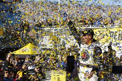 NASCAR: March 04 Pennzoil 400. March 04, 2018 - Las Vegas, Nevada, USA: Kevin Harvick 4 celebrates in victory lane after winning the Pennzoil 400 at Las Vegas stock photos