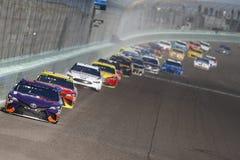 NASCAR: 18 november Ford 400 stock foto's