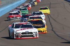 NASCAR: November 10 Whelen litade på för att utföra 200 arkivfoto
