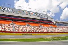 NASCAR - Pista di corsa della gara motociclistica su pista del motore di Charlotte Fotografia Stock Libera da Diritti